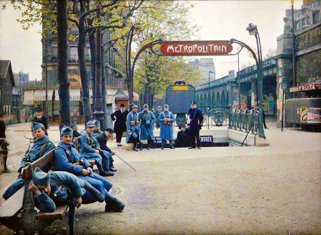 Color Photography of Early 1900s Paris. (via MeFi)  See also Prokudin-Gorskii's color photos of Imperial Russia (previously), the color photography of Albert Khan (hat tip to Diogo), and these color photos of Blitzed London during World War II (previously).