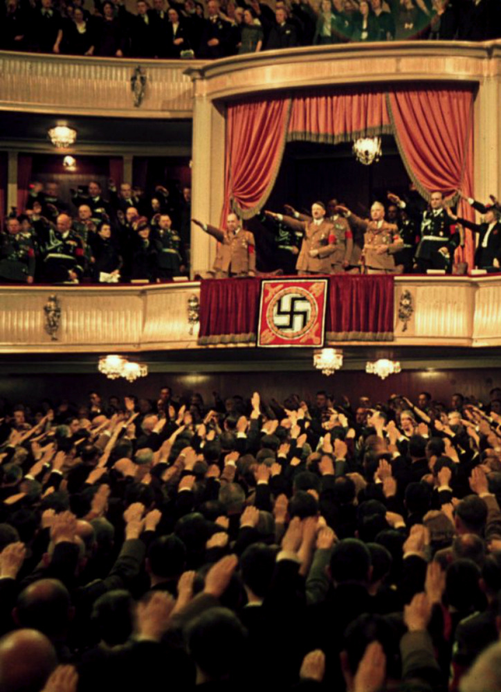 fuckanimals:  Adolf Hitler and Joseph Goebbels at the Charlottenburg Theatre in Berlin, 1939 source