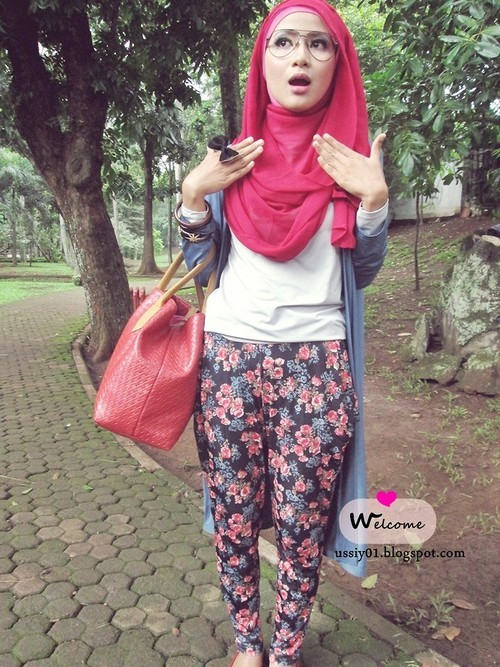 Red Roses (by Ussiy Fauziah)let's color ur style ! Check my blog [ http://ussiy01.blogspot.com/2012/12/fresh.html ] ♥