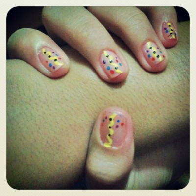 LJ's #nailpolish #nails #nailart #dots #zigzag