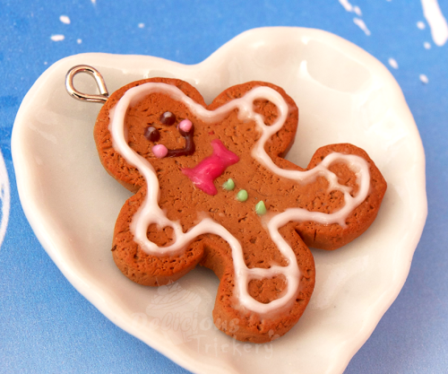 Have a Happy Holiday and a happy little gingerbread man too :).