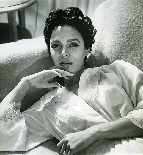 nostalgiagolden:  Dorothy Dandridge circa 1955/1956. Looking so lovely…