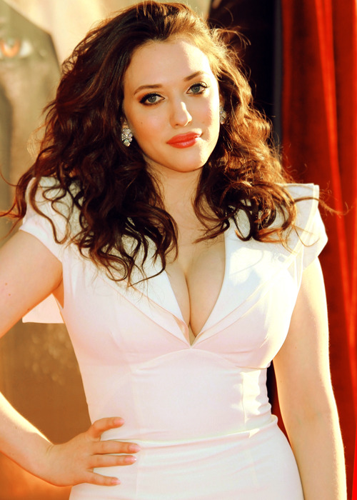 Kat Dennings is beautiful.