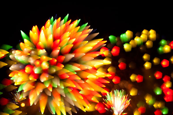 odditiesoflife:  Long Term Exposure Photos of Fireworks Photographer David Johnson captures the International Fireworks Show in Ottawa, Canada using an unusual photographic technique of long term exposure. His photos of fireworks look more like bacteria under a microscope. The results are amazing.
