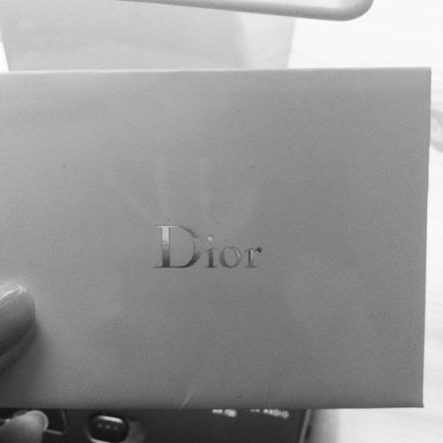 Yaay finally !!🙈 #Dior #letter #invitation