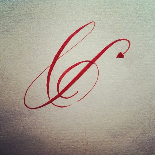 Another flirty #Ampersand  #calligraphy #lvsc