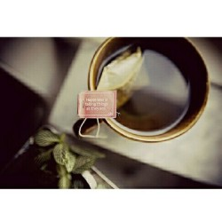 bonnheur:  #tea #morning #quote  Happiness is taking things as they are.