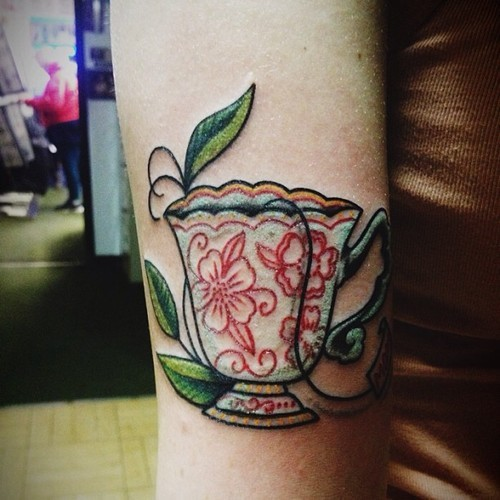 "fuckyeahtattoos:  tea bag tag says ""mom"" done by amanda at bayside ink, beachwood nj"