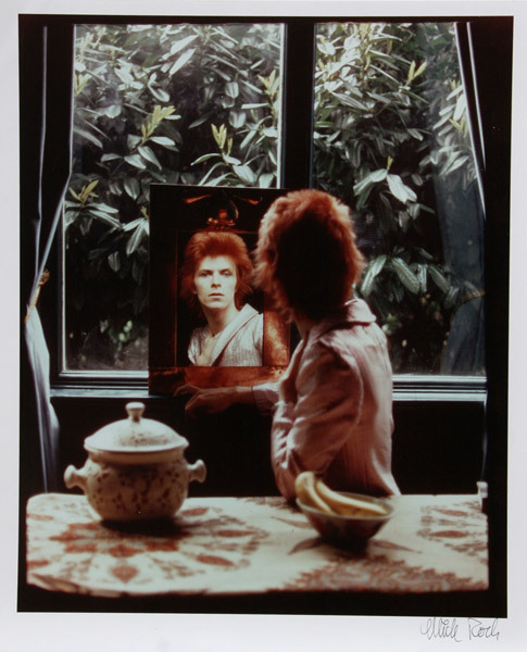 jivewired:  David Bowie, shot by Mick Rock, 1972 Source RocGallery