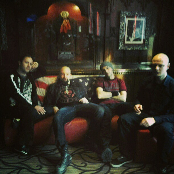 yesterday: Klogr interviews in Hard Rock cafè Paris… (at hard rock cafe paris)
