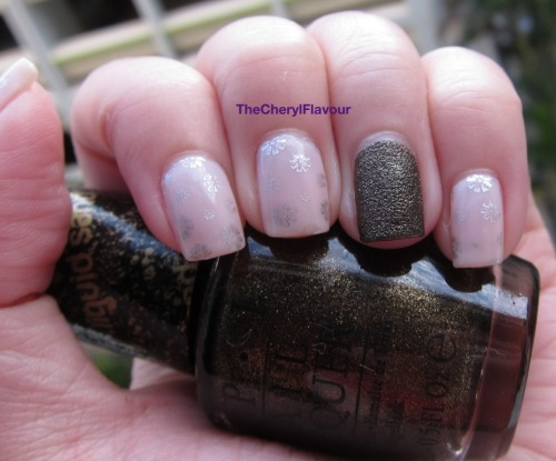 Soft Shades Floral See full post here! Polishes Used: OPI Dont Burst My Bubble OPI What Wizardry Is This? Essie No Place Like Chrome
