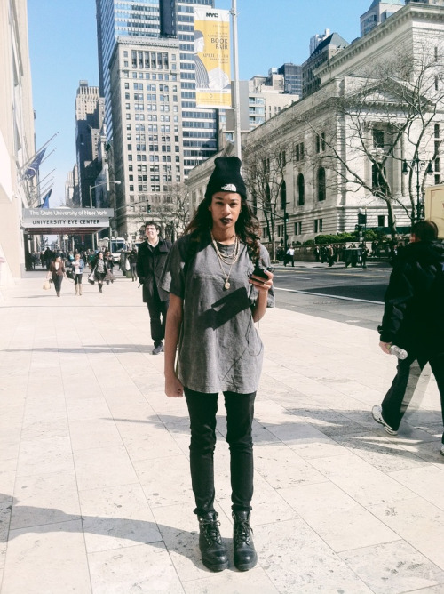blackfashion:  Tshirt & Boots: thrifted /Jeans: H&M / Beanie: NorthFace Alyssa, 20, New York, NYalyssaneilson.tumblr.cominstagram: alyssaneilson