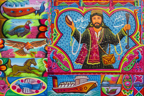 damselindupatta:   Truck Art in Pakistan is a brilliant splash of color, calligraphy and humor on the otherwise blank canvas that is the back of a freight vehicle. If there ever was an under-appreciated art form, this is it! (source)