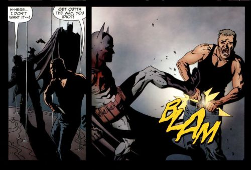 briefsontheoutside:  Batman makes a guy shoot himself in the dick
