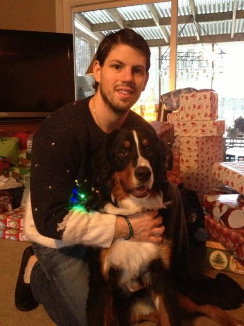 Nathan Gerbe and his dog, Cash. (Source: @NathanGerbe42)