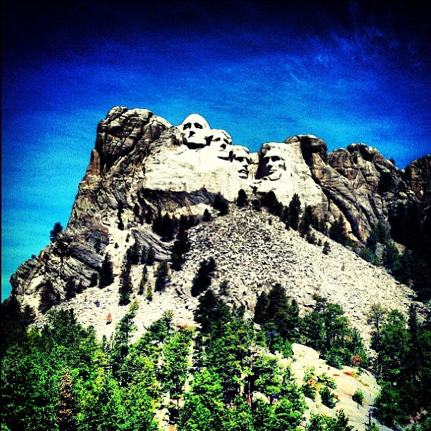 #MountRushmore! #SouthDakota #RoadTrip (at Mount Rushmore National Memorial)