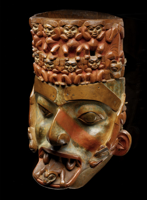 centuriespast:  Mask probably Tlingit [Guna'xu (Gonaho)] (attributed) circa 1825 Formerly owned by a shaman of the Kagwanton family who died in 1878 National Museum of the American Indian