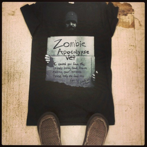 A shirt I designed for Hot Topic and my new comfy @sanukfootwear!