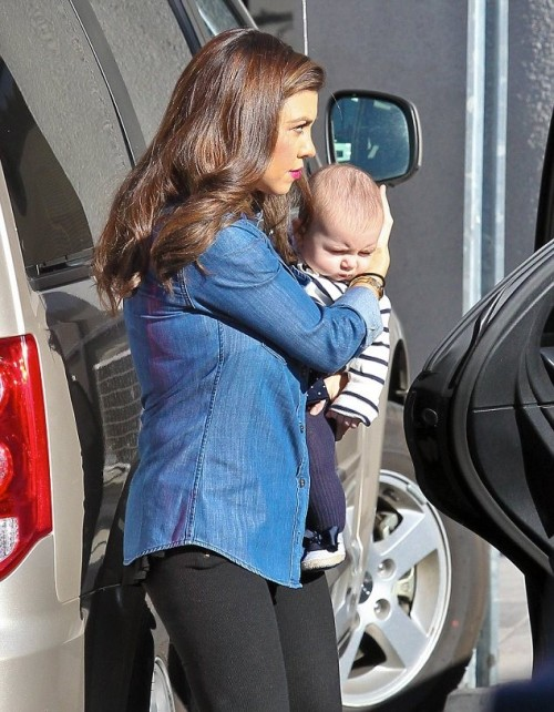 Kourtney and Penelope arrive in Van Nuys for a photoshoot on January 4th.