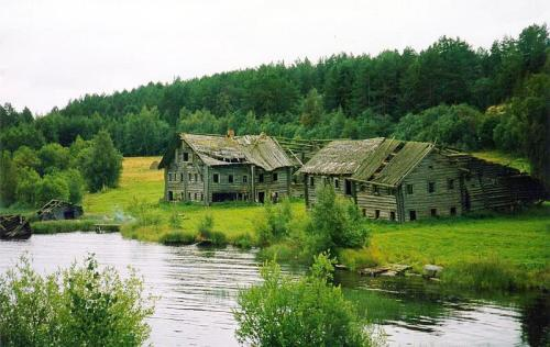 Abandoned homes in Pegrema, Russia