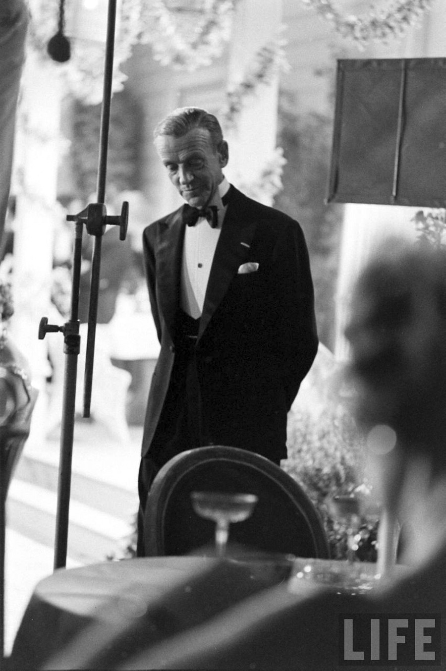 The High Wing Collar Crowd. Fred Astaire and the art of black tie.