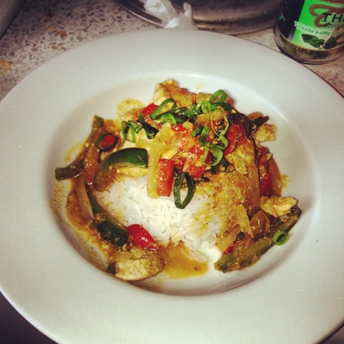 Homemade Thai Red Curry. What's your dinner look like? #foodstagram #oslo  (at Kalbakken)