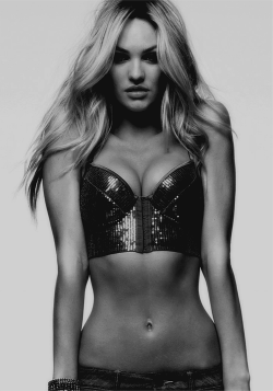 itsannmarieeebitches:  highfashion-highhopes:  omg candice  Perfect.