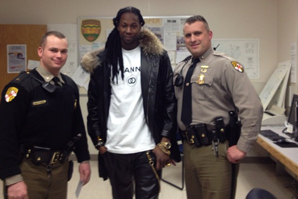 noiseymusic:  2 Chainz got arrested last night and the cops made him take this photo