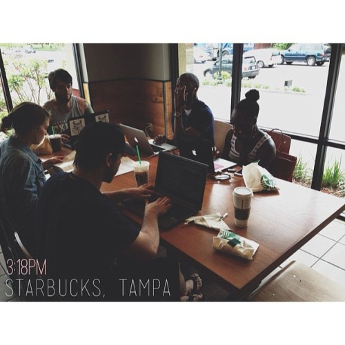 3:16PM - Starbucks, Tampa | Air conditioning, WiFi and brews. Handling some business before the show. (at Starbucks)