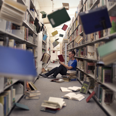 endlesslibraries:  bookworm (by Russell Kuch)