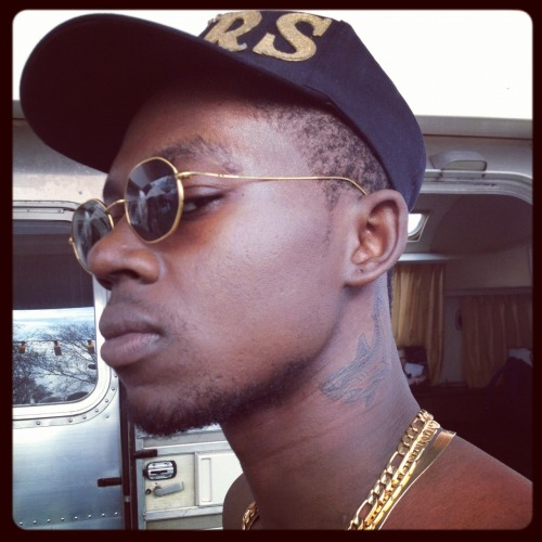 lilzloveskanye:  Theo  Why do black people insist on neck tats?