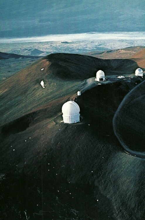 vintagenatgeographic:  Cluster of observatories atop Hawaii's Mauna Kea volcano National Geographic | June 1983