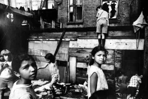 Lower East Side, NYC, 1969 photo by James Karales