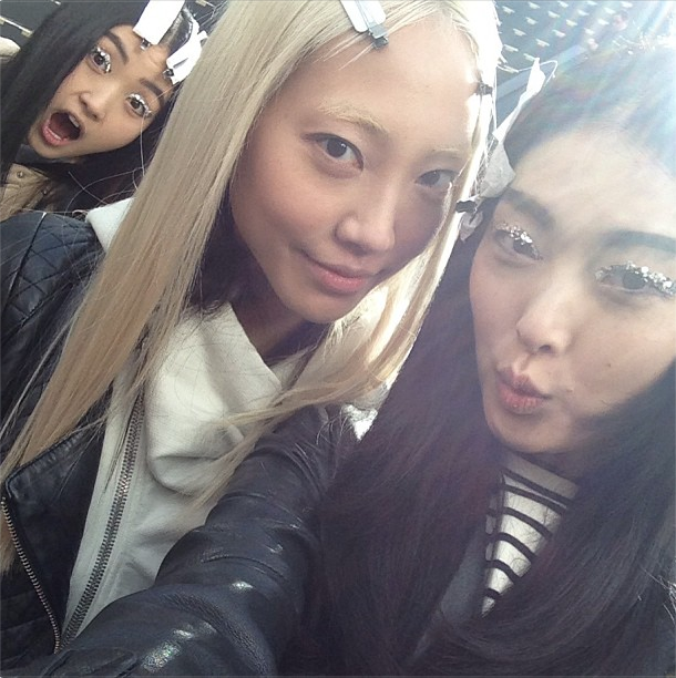 whatjdid:  kimssunge: At CHANEL rehearsal @soojmooj and #linazhang !