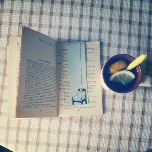 #ЭрнестХемингуэй #утро #чай #morning #tea #lemmon #greentea #book