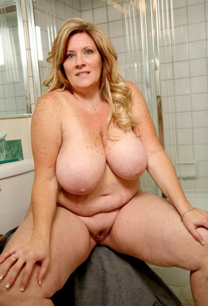 Mature woman big boobs