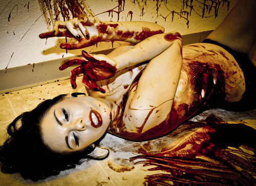 Bloody Mess Shoot. Mua/Model: Karis Ayers