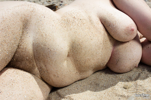 "Sand woman 12 by *interZone-studio ""In every outthrust headland, in every curving beach, in every grain of sand there is the story of the earth.""  ― Rachel Carson"