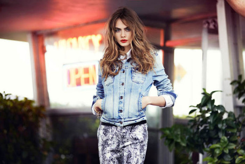 nadineclairecardeno:  Cara Delevingne Models in Miami for Reserved's Spring 2013 Campaign