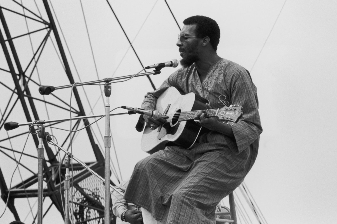 Richie Havens RIP(January 21, 1941 – April 22, 2013) Apparently Havens improvised this entire song! What a King.  Hear an archival interview and session with the folk icon on NPR's Weekend Edition from 2008.