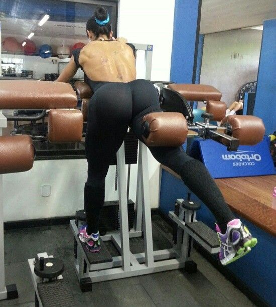 lovecurvygurls:  That's impressive gym booty