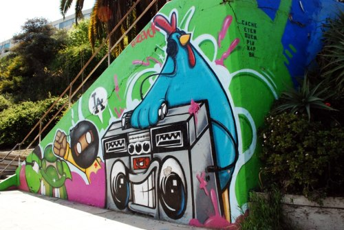 LA based graffiti artist EyeOne likes chickens, aliens, turtles and Zapatistas (not ninjas).
