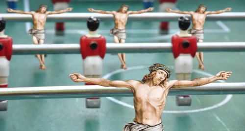 jesus-everywhere:  Jesus As A Foosball Team