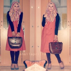 my outfit and scarf from @fakhrian_adjie #photoself #orange #hijabi #like #thankyou ♡