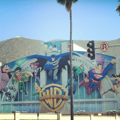 spacekicker:  Screening time at the #warnerbros lot