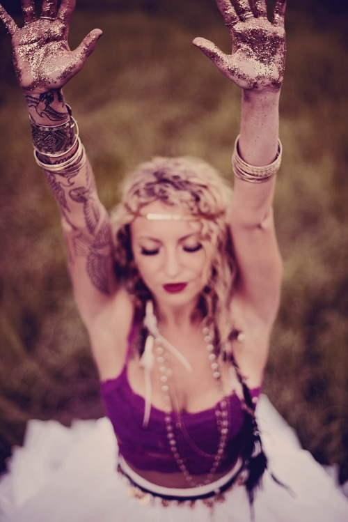 amazing gypsy bridal shoot by Hello Miss Lovely