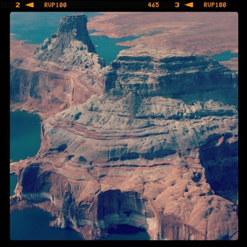 Flying over #LakePowell on our way to the #RainbowBridge