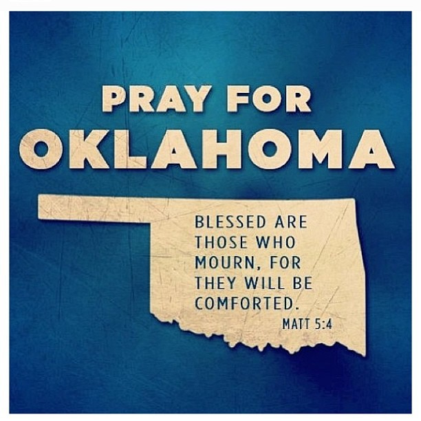 Before you go to to sleep Pray for Oklahoma (Matt 5:4). As well as everyone else going through a storm.  Repost from @instapray