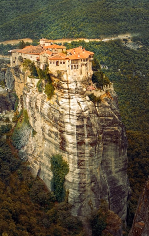 Cliff Top, Meteora, Greece photo via evocativesynthesis