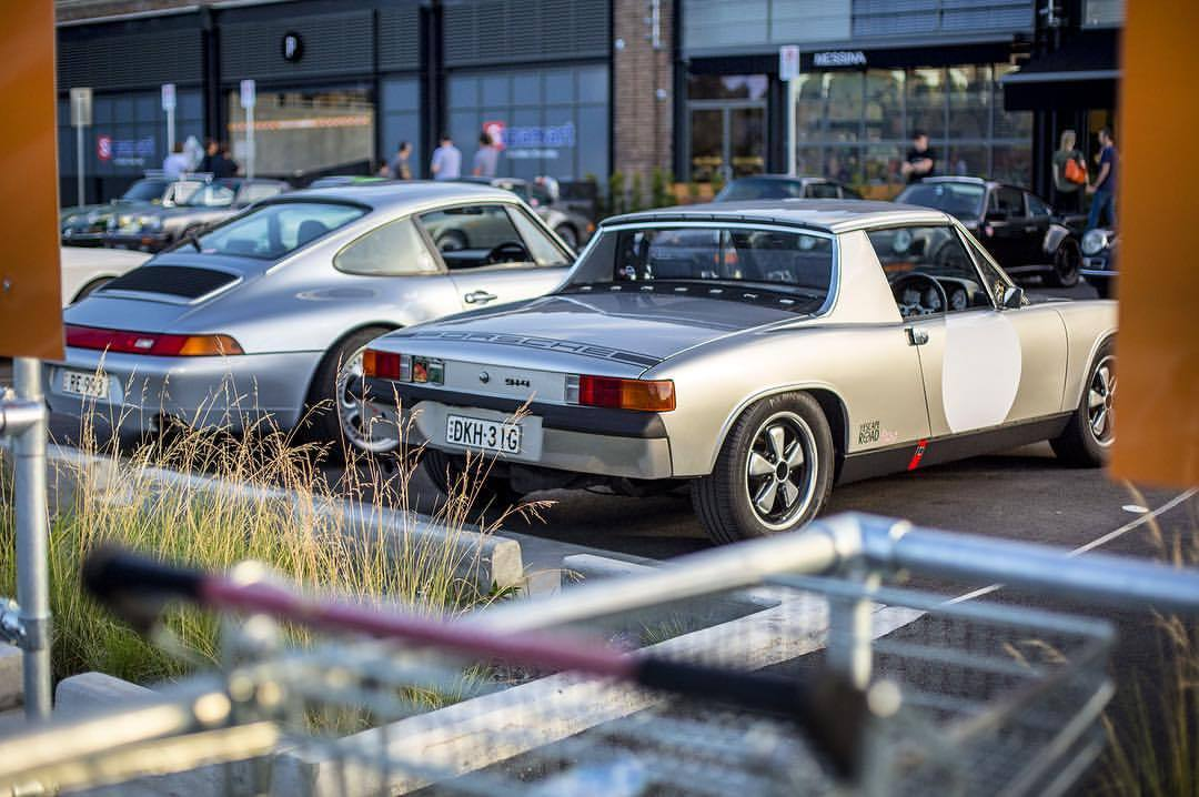 Who'd have thought parking amongst the shopping trolleys could be such a hoot? #porsche #911 #912 #914 #356 #theescaperoadtreffen (at Tramsheds Harold Park)
